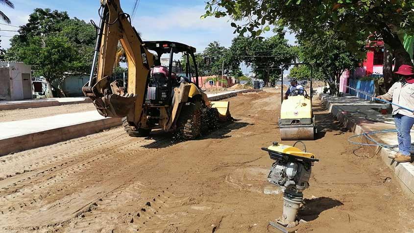 Inicia pavimentación en colonia Escolleras de Villa Allende